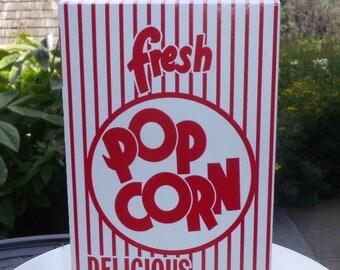 18 Retro Popcorn Box  1.25 oz.