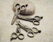 6pcs of  Antique Bronze Double-sided Lovely Tailor's Scissors Tool Themed Charms Pendants Drops Zippers K28-Rd