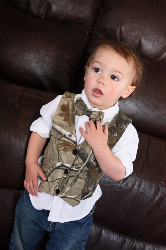 iXtreme boys twofer camo print vest with fleece hood and sleeve. KAS Kids Multicam Safari Vest, Hunting Vest, Kids Camo Gillet Vest, Ages yrs. by KAS. $ $ 22 99 Prime. FREE Shipping on eligible orders. Some sizes are Prime eligible. out of 5 stars Product Description.