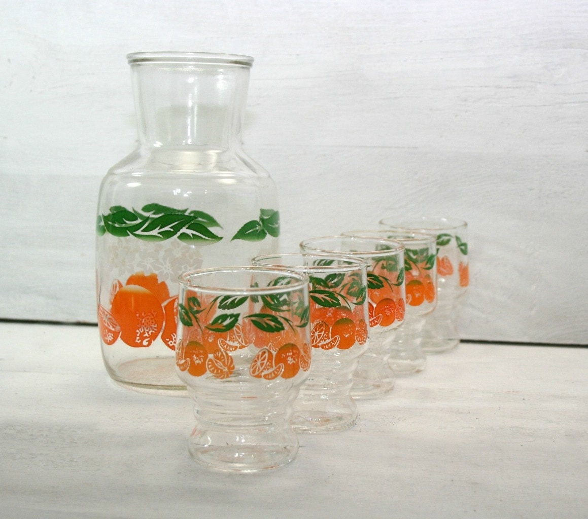 Vintage Juice Pitcher Carafe And 5 Glasses Orange Juice