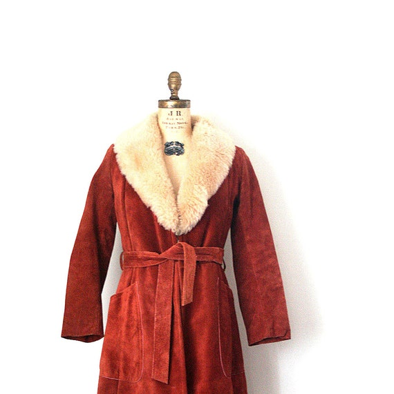 Reserved for L . suede wrap coat - vintage 1960's - 70's / Hippie - Boho / Autumn - russet