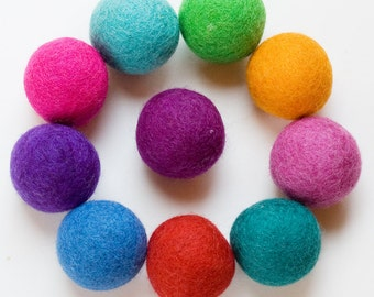 Wool Felt Balls 10 4cm - Your Choice of Colors