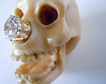 Miniature Skull Halloween Netsuke