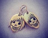 Halloween Skull earrings - Sugarskull earrings - Day of the Dead Earrings - Metalwork Skull Earrings - Gold Skull Earrings - Skull Earrings