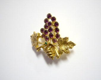 On Sale Vintage Light Amethyst and Green Brooch Home Decor New Orleans Vintage Shop Holiday Retro