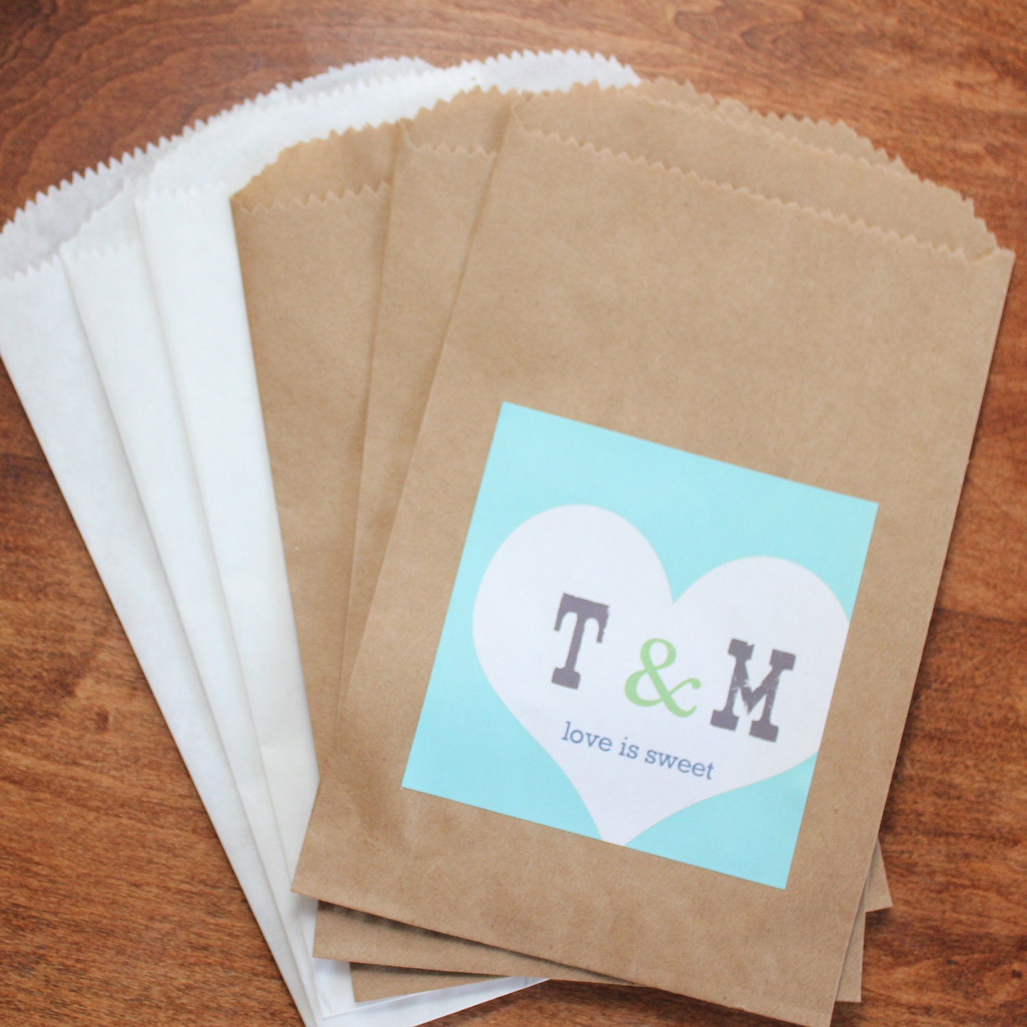 24 Wedding Favor Bags with Personalized Sweet Heart by thefavorbox