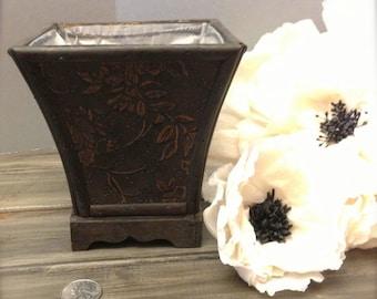 Small Vintage Shabby Chic Wedding Vase / Urn
