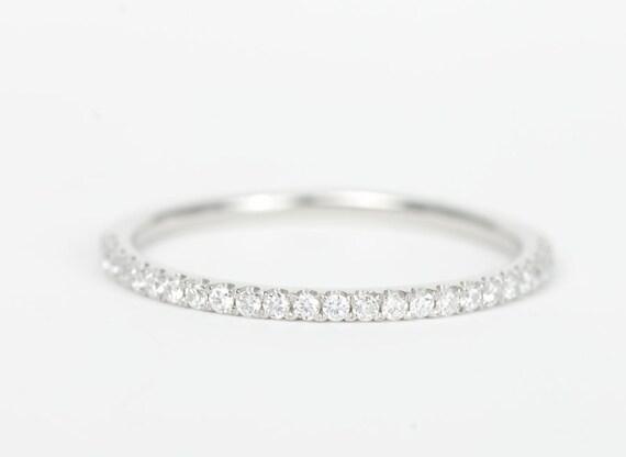 CERTIFIED - E-F, VVS-VS Platinum Diamond Wedding Band -Sale