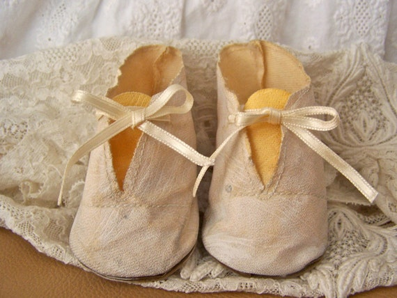 Antique Oilcloth Doll Shoes