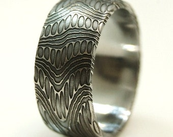 High Contrast  Stainless Damascus Wedding Ring SIZE: 8-12