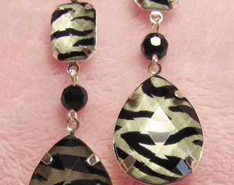 Zebra Stripes dangle Earrings - Silver black and white animal print - acrylic rhinestone with black Onyx