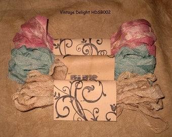 Scrunched Seam Binding ribbon, Seam Binding Hand Dyed - Distress Antiqued Vintage Inspired - Crinkled -  Vintage Delight Paris Market ECS