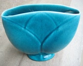 Turquoise La Mirada Tulip Vase