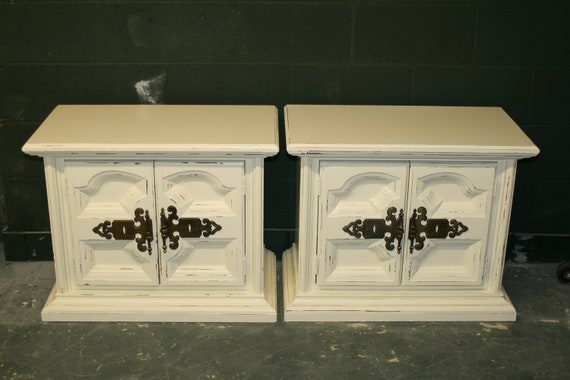 Veranda Ivory Nightstands