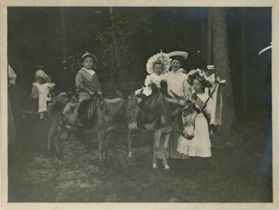 "Vintage Photo ""Secret Forest Parade"", Photography, Paper Ephemera, Snapshot, Old Photo, Collectibles - 0015"