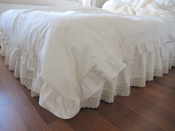 Eyelet Dust Ruffle Bedskirt Scalloped Edge Lace Trim Solid