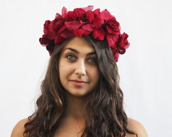 Bohemian Velvet Rose Flower Crown - Red Rose Crown, Headpiece, Frida Kahlo, Flower Crown, Floral Crown, Behok, Red Flower Crown, Blumenkrone