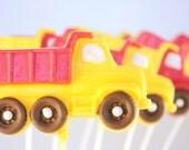 12 Dump Truck White Chocolate Lollipops