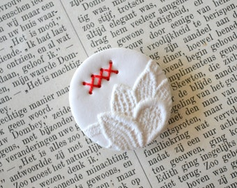 round white clay brooch with red stitches - delicate lace imprint brooch - white textured brooch - red stitches brooch