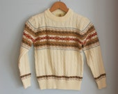 70s PREPPY SWEATER ...size medium kids...12-14 kids. children. fall. winter. classic. holiday. boys. cream. - retroandme