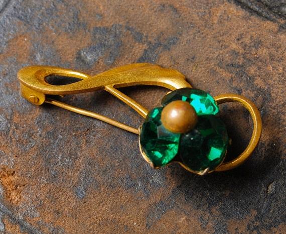 Vintage metal brooch, with glass rhinestones