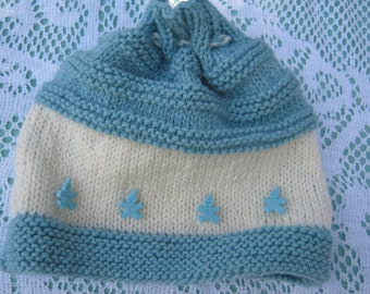 Tea Cosy - Hand Knitted
