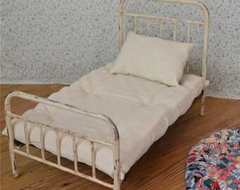 American Girl Doll Bedding Mattress and Pillow