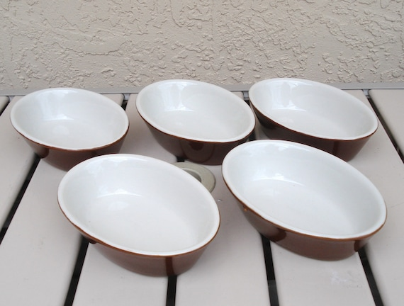 Vintage HALL Pottery Single Serving Casserole Dishes Set Of 5 Model 550.