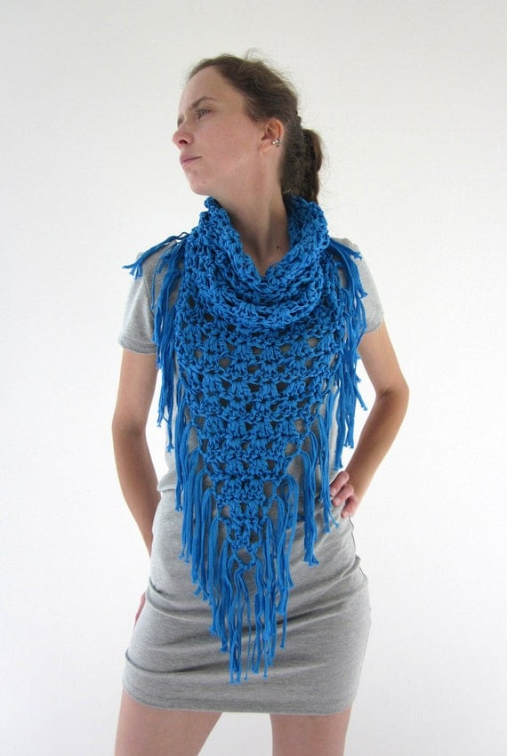 Crochet fringe cowl neck scarf in electric blue by AmeBa77 on Etsy Cowl Neck Scarves Crochet