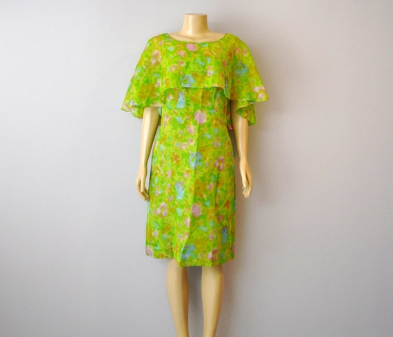 V i n t a g e DRESS Floral Lime Green size aprox Medium marked 12