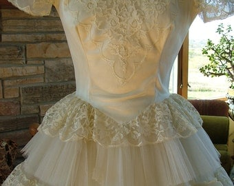 Vintage wedding dress 1950s tea length layered lace bridal gown alternative wedding vegas style