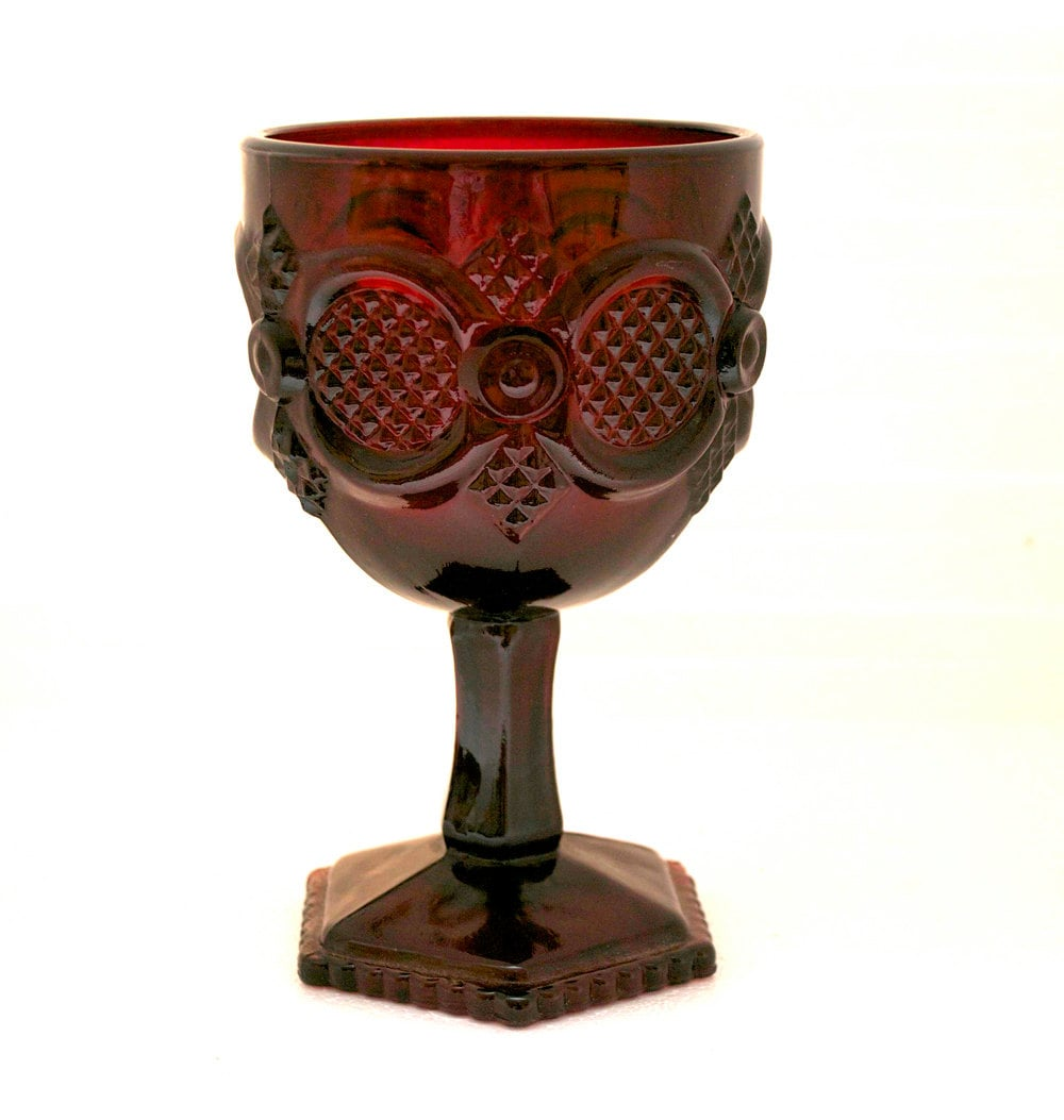 Avon 1876 Cape Cod Collection Red Ruby Water Goblet By