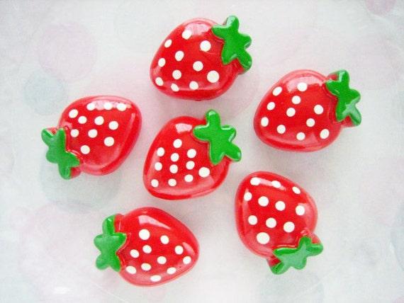 6pcs ((SALE)) Large Strawberry Decoden Cabochon (29x23mm) FR10001
