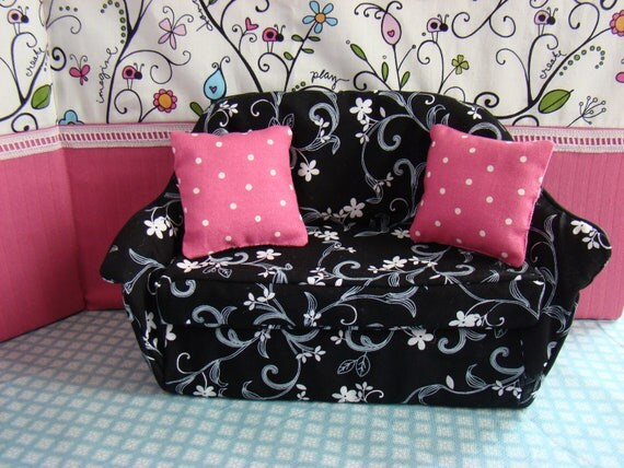 Barbie Furniture - Living Room Sofa w Black and White Flowering Vine Print and Pink Polka Dot Pillows