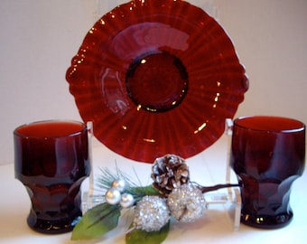 Vintage Anchor Hocking Water Glasses and Desert Plate 1960s