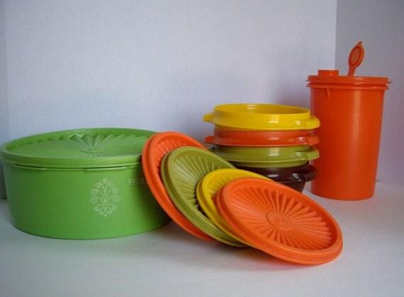 Vintage Tupperware harvest autumn colored bowls storage 1964