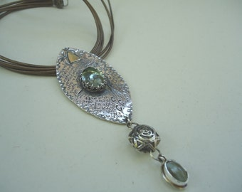 Sterling silver necklace with fluoride & cats eye