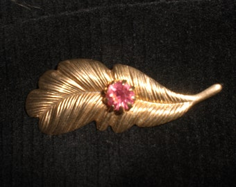Vintage Brass Feather Pink Rhinestone 1960s to 1950s Pin/Brooch Upcycled Gold Tone