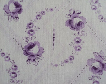 1 Yard Vintage French Faded Fabric Lavender Roses Rosebuds Suitable for Patchwork Quilting Lavender Bags Feedsack Pillow