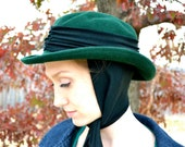 Vintage Arlin 100% Wool Hat Green with Scarf