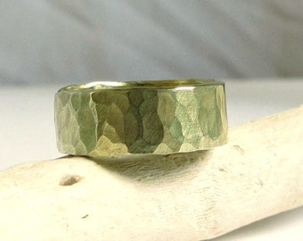 14kRing- Gold Hammered Band Ring