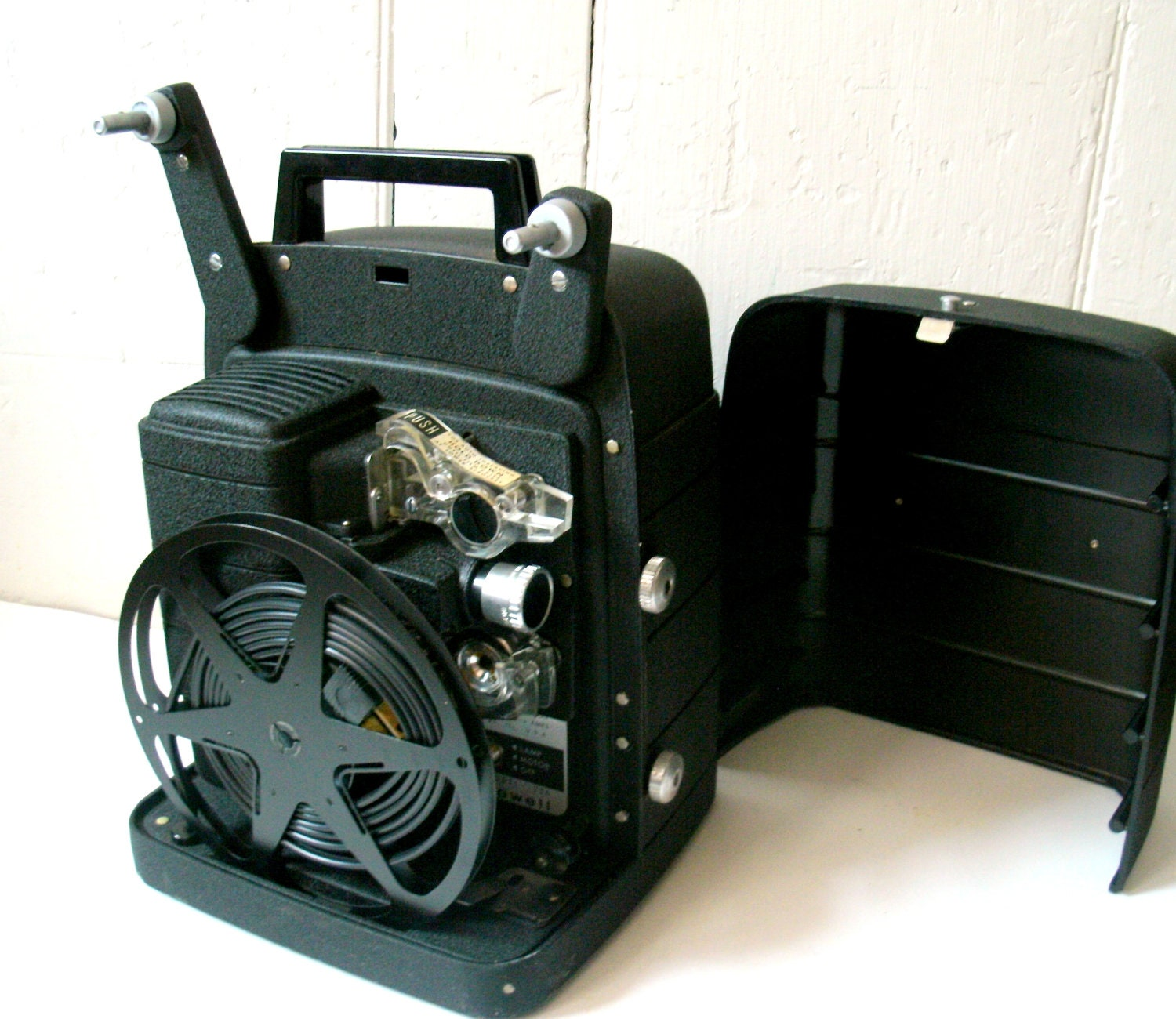 60s vintage 8mm movie projector bell and howell auto feed 256. Black Bedroom Furniture Sets. Home Design Ideas