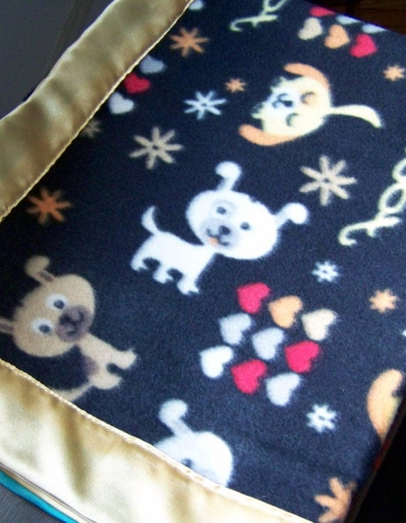 Puppy Dog Love Fleece Cozy - Dog Blanket