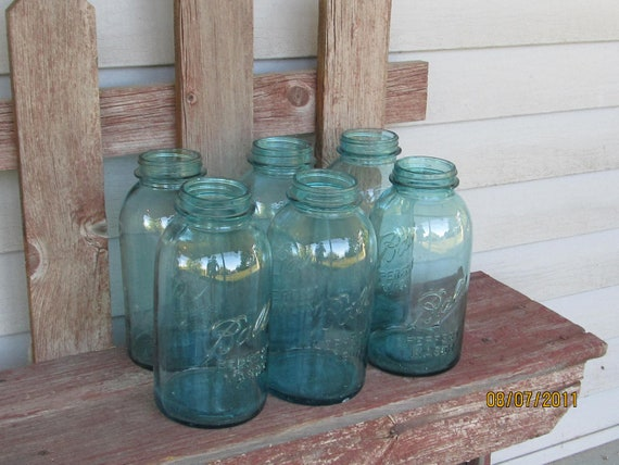 6 Antique Turquoise blue Ball mason jars wedding centerpiece 1/2 gallon (2 quart)