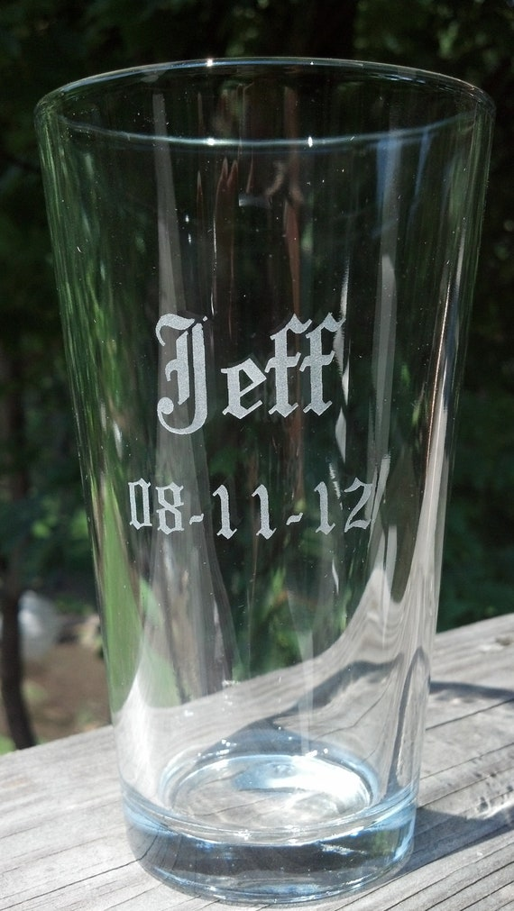 Groom or Groomsmen Etched pint glass, Best man gift, Groomsman gift, beer glasses, sand blasted, engraved