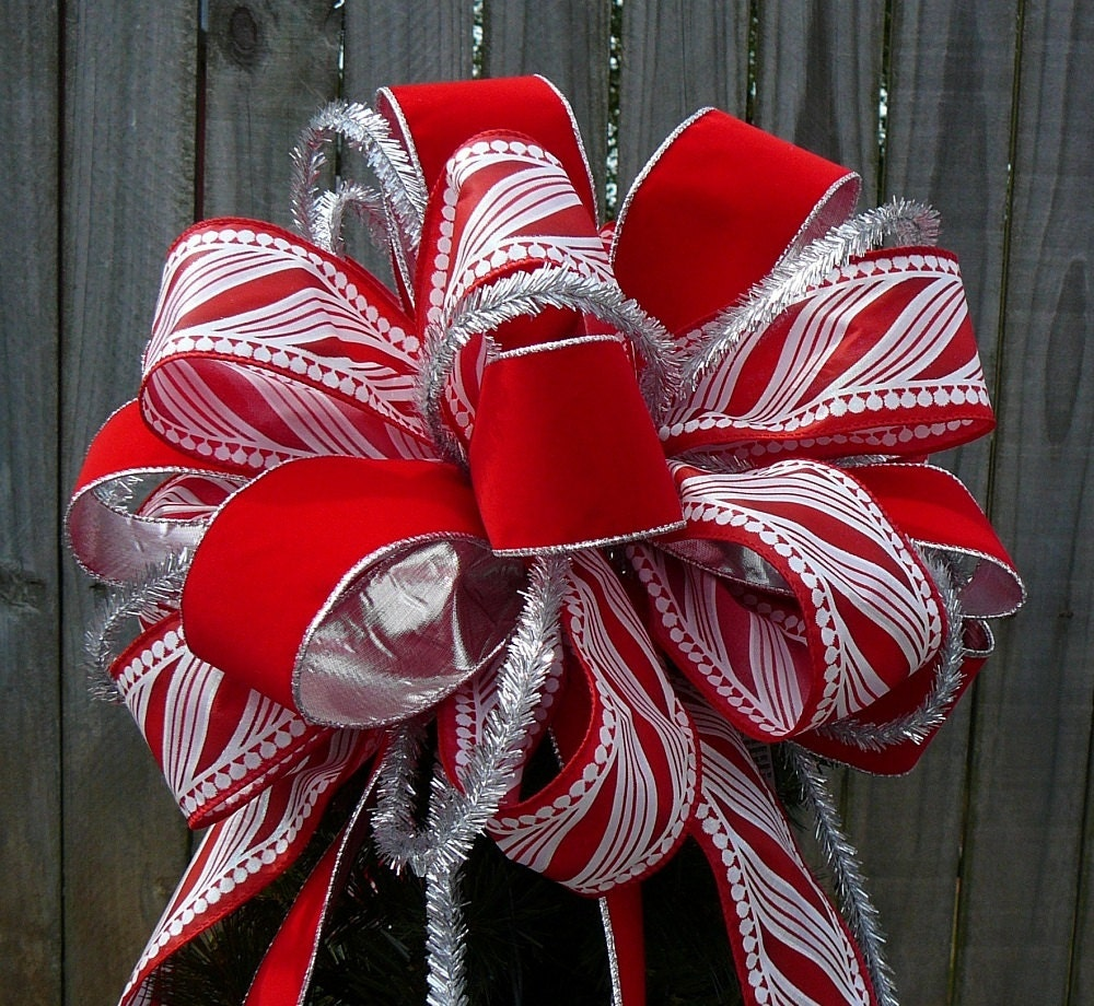 tree top bow for christmas large fun tree topper in red. Black Bedroom Furniture Sets. Home Design Ideas