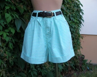 Womens Shorts / Cotton Shorts / Shorts Vintage / Size EUR38 / UK10