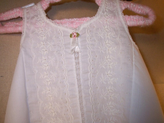 Vintage childs slip white embroidered Her Majesty Size 2