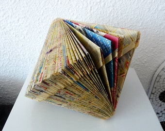 "Book Art Sculpture ""Spinning top"""