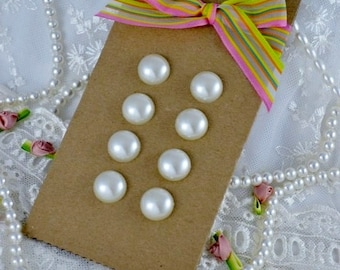 Antique Vintage Pearl Button, Shabby Chic - 8 pc - Pearl Button - Vintage Pearl Button - Button Pearl